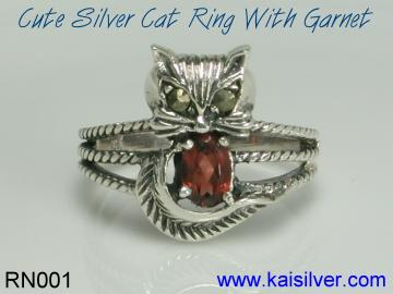 kaisilver custom ring with garnet